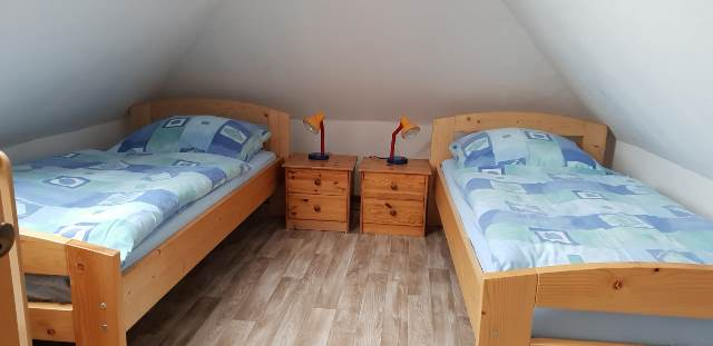 Ferienwohnung A - Schlafzimmer oben
